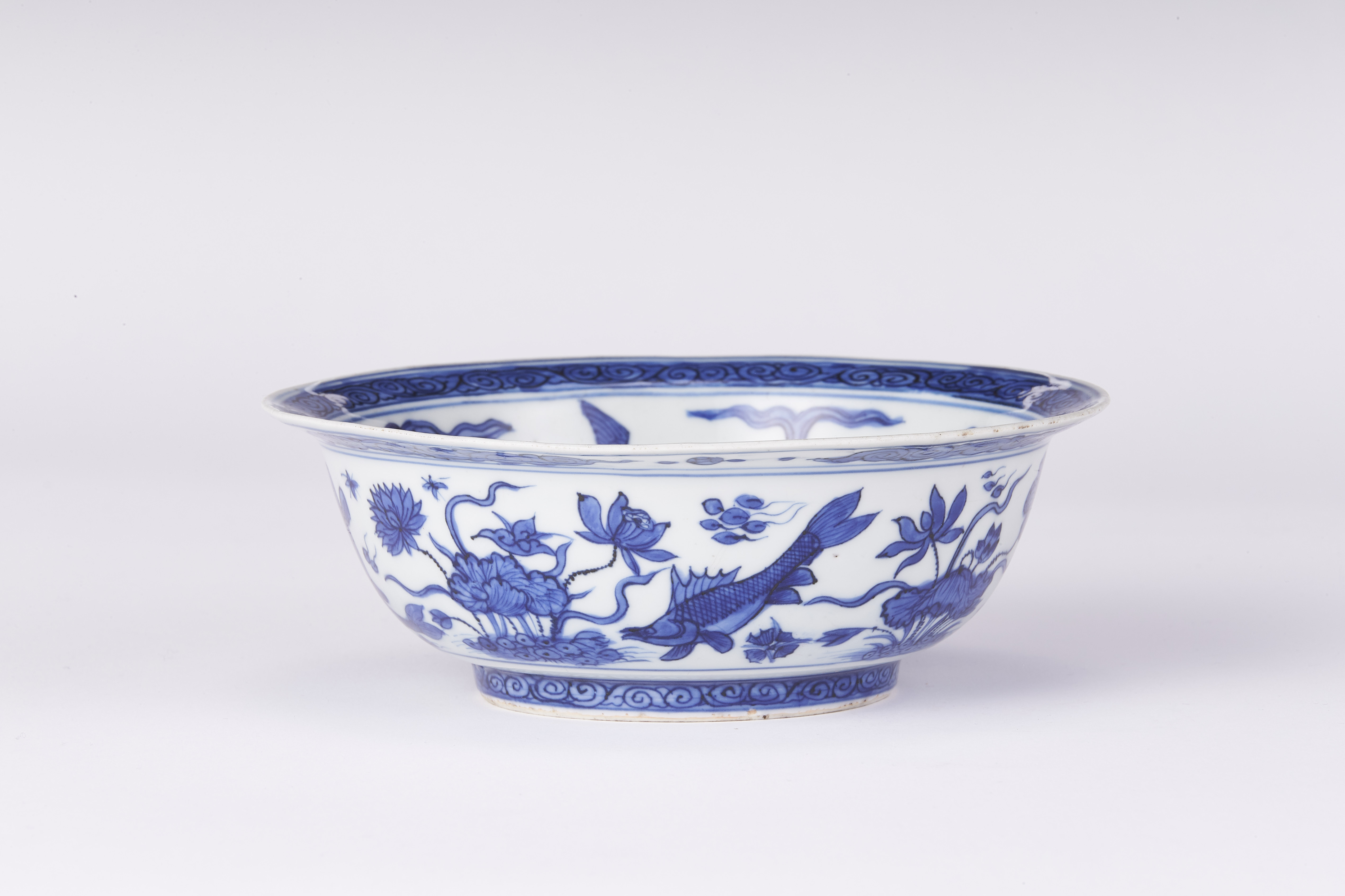 171201明嘉靖「富貴佳器」款 花鳥図 碗