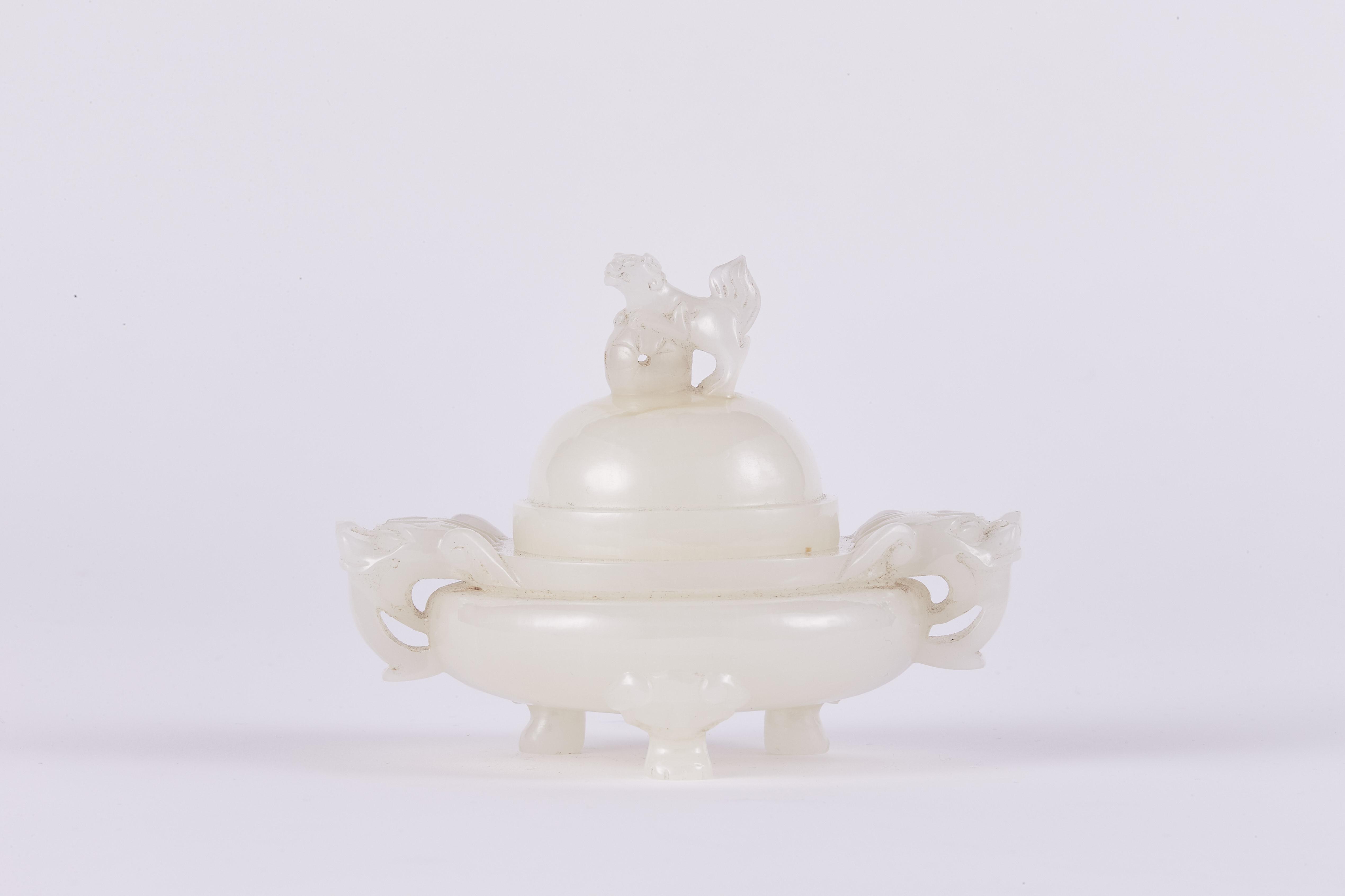 171342清十九世紀 白玉雕 獅子鈕 獣耳蓋爐