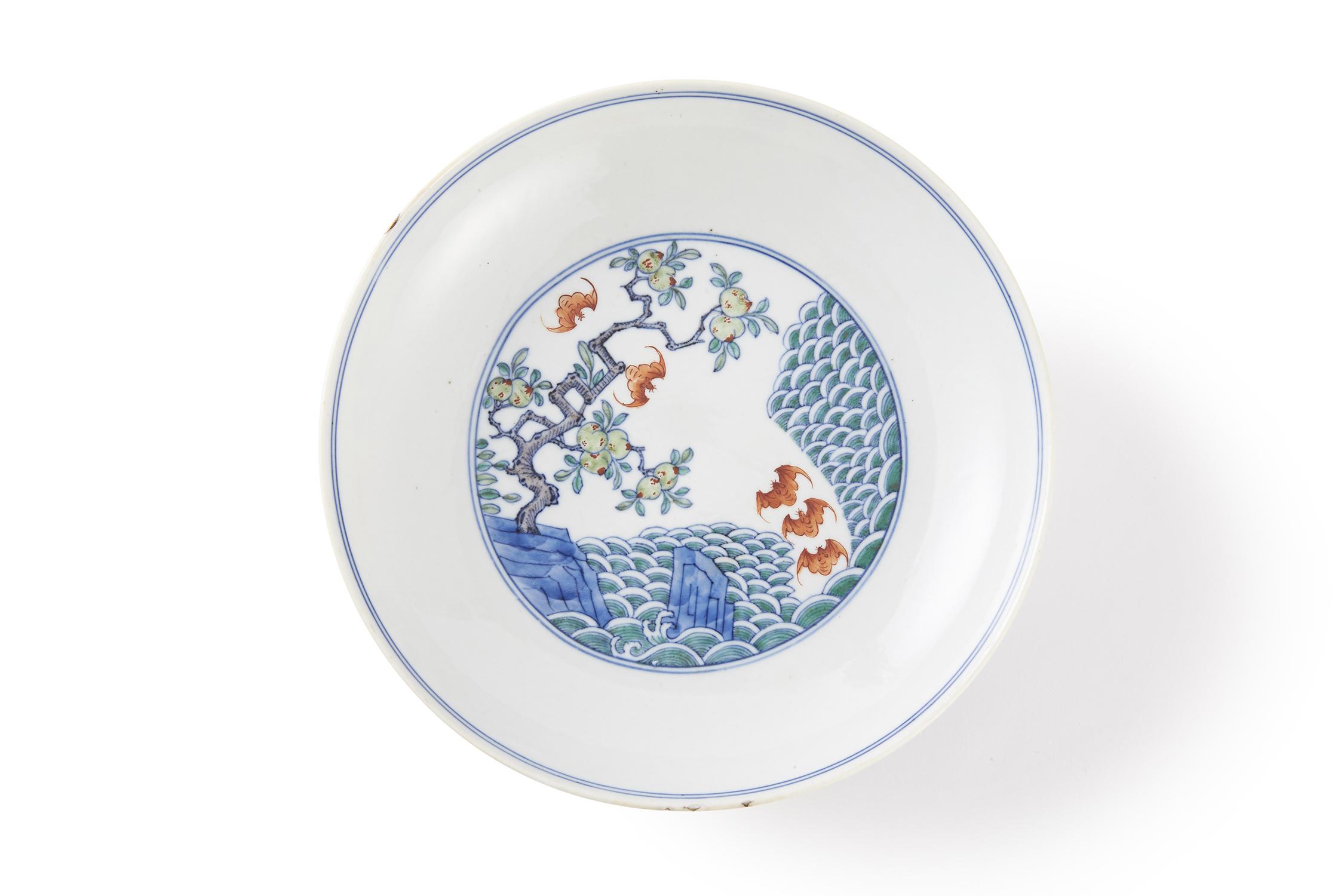 170934清 雍正「大清雍正年製」款 鬥彩 吉祥紋 盤