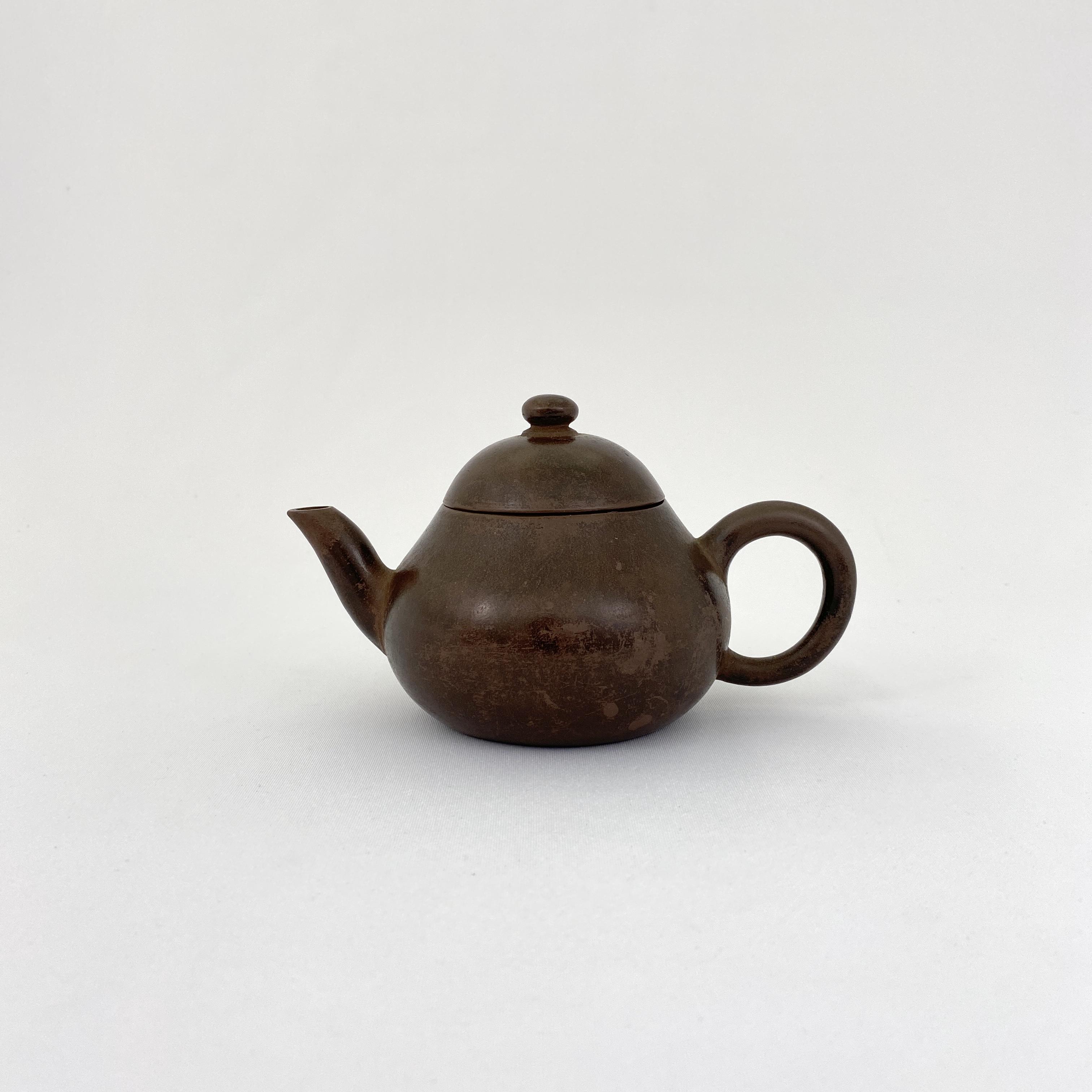 10140清「孟臣製」款 紫泥 茶壺