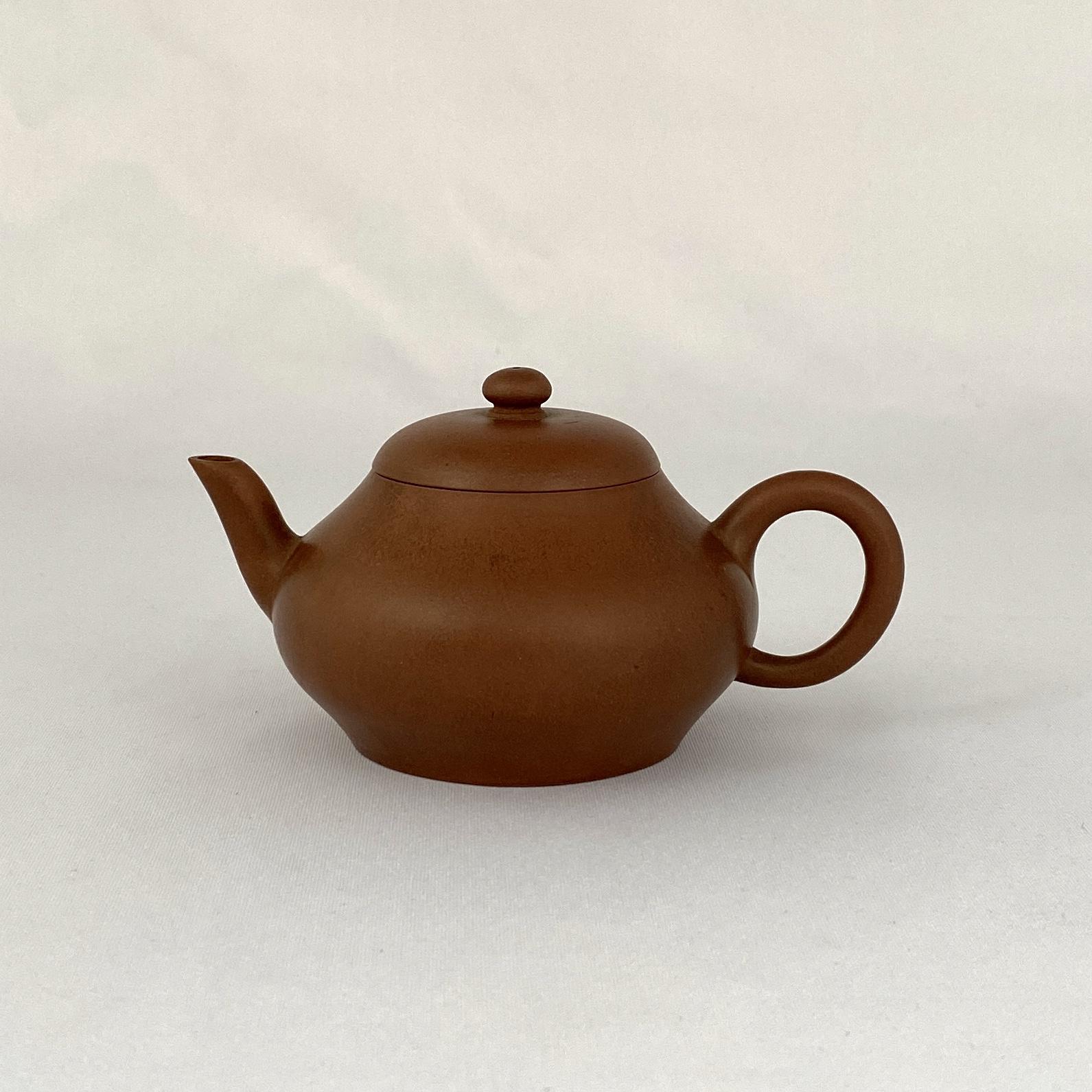 10176清「留佩」款 朱泥 茶壺
