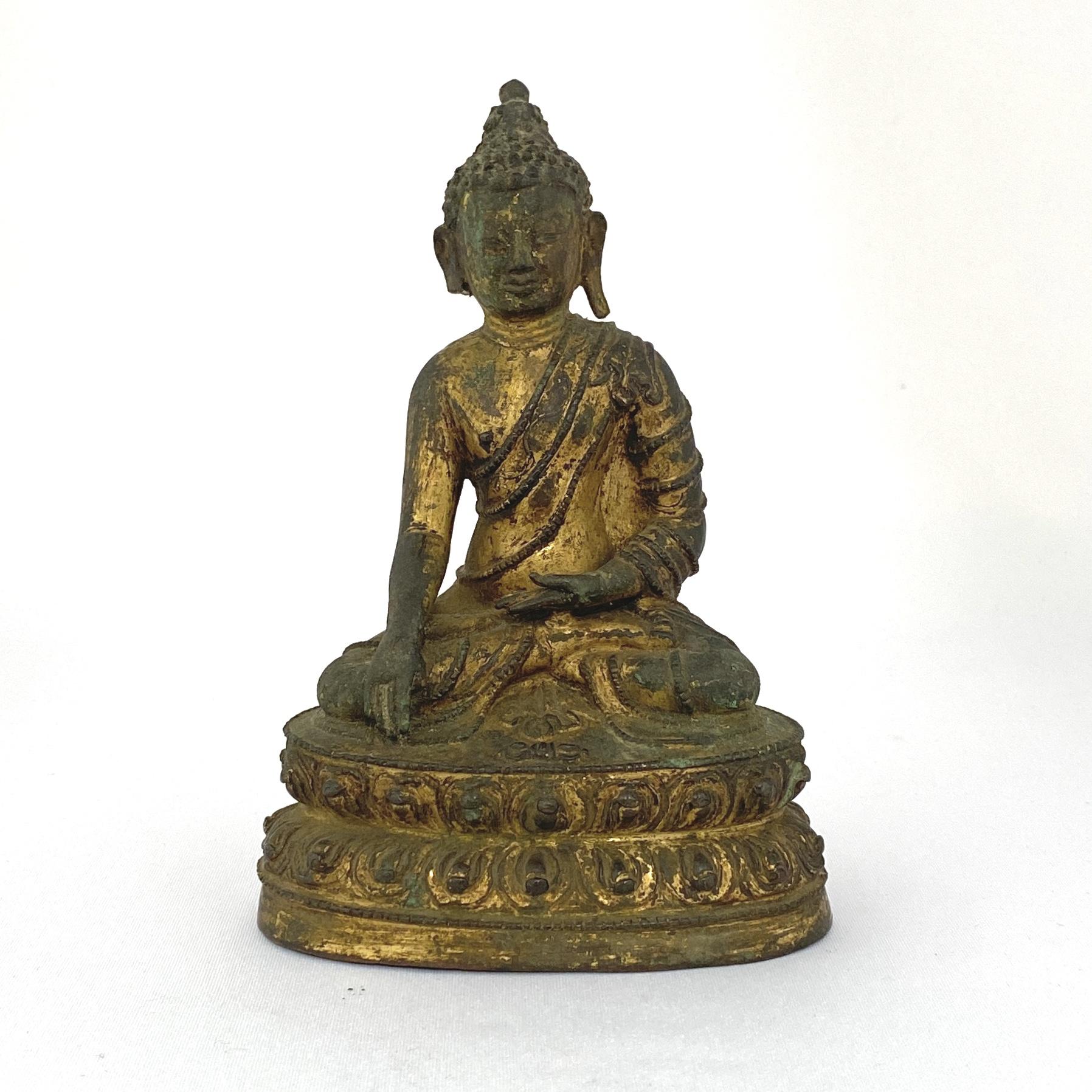 10025西蔵十四/十五世紀 銅鎏金 釋迦牟尼