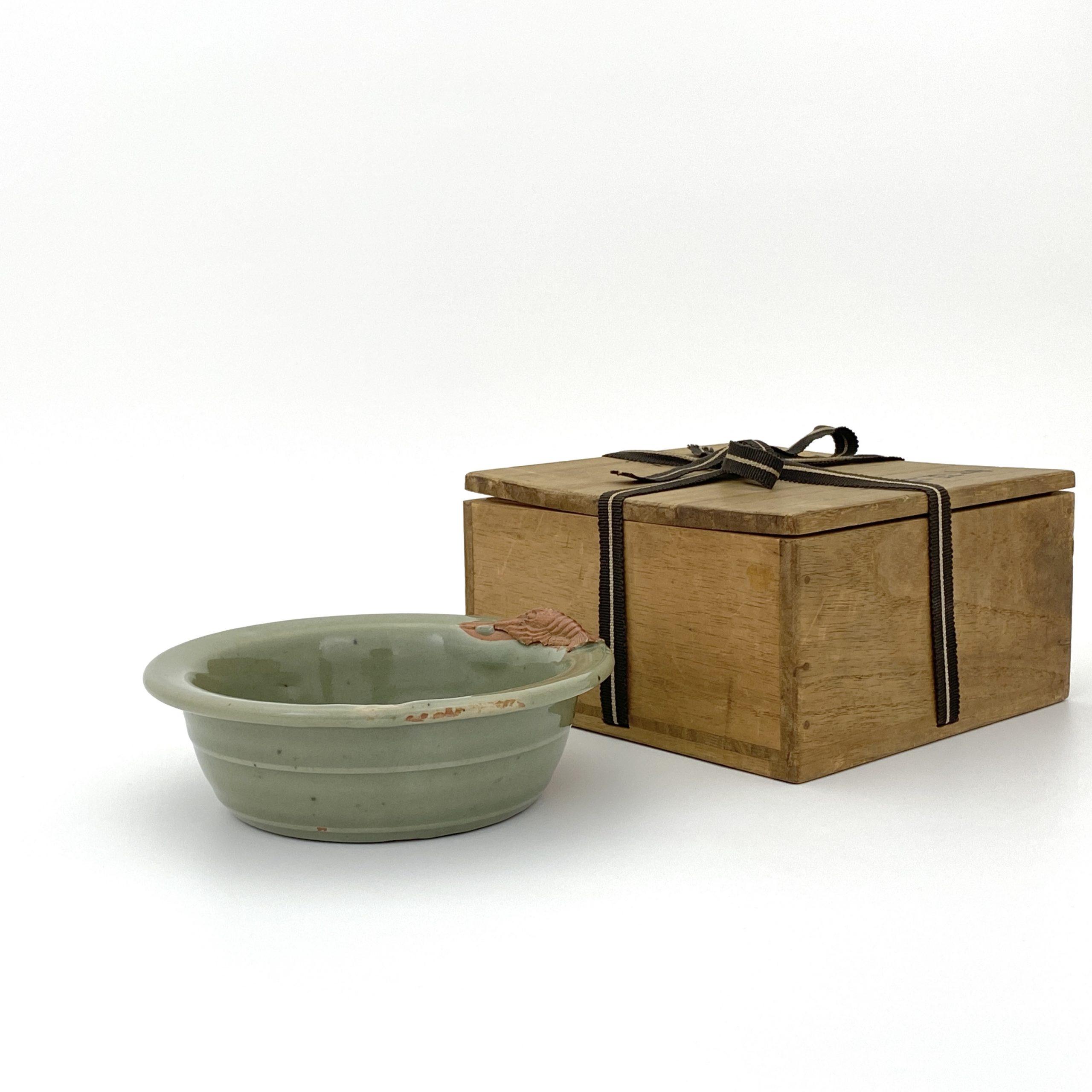 30104明 龍泉窯 蝦紋 碗