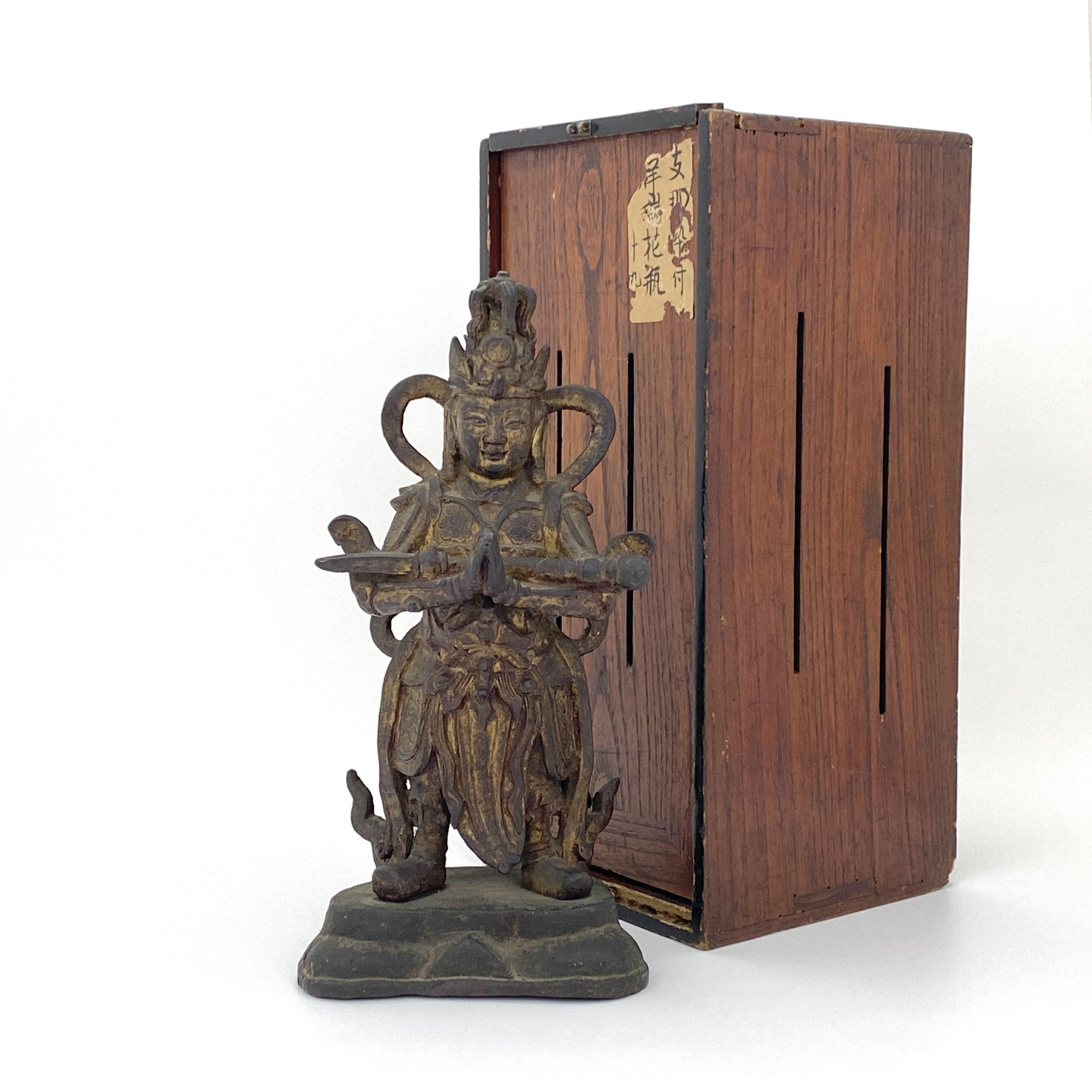 30134明 銅漆金 武人像
