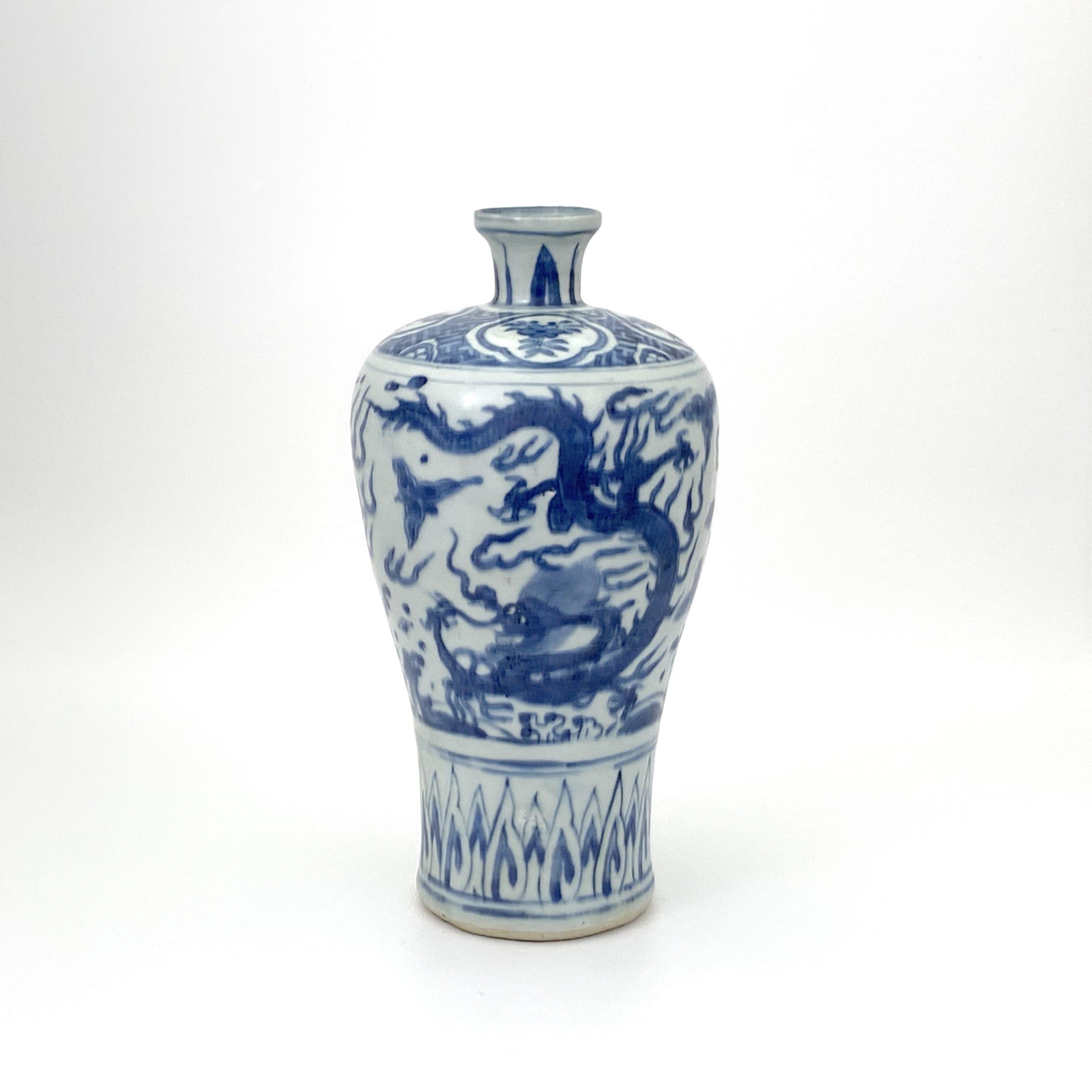 30014明 青花 雙龍図 梅瓶