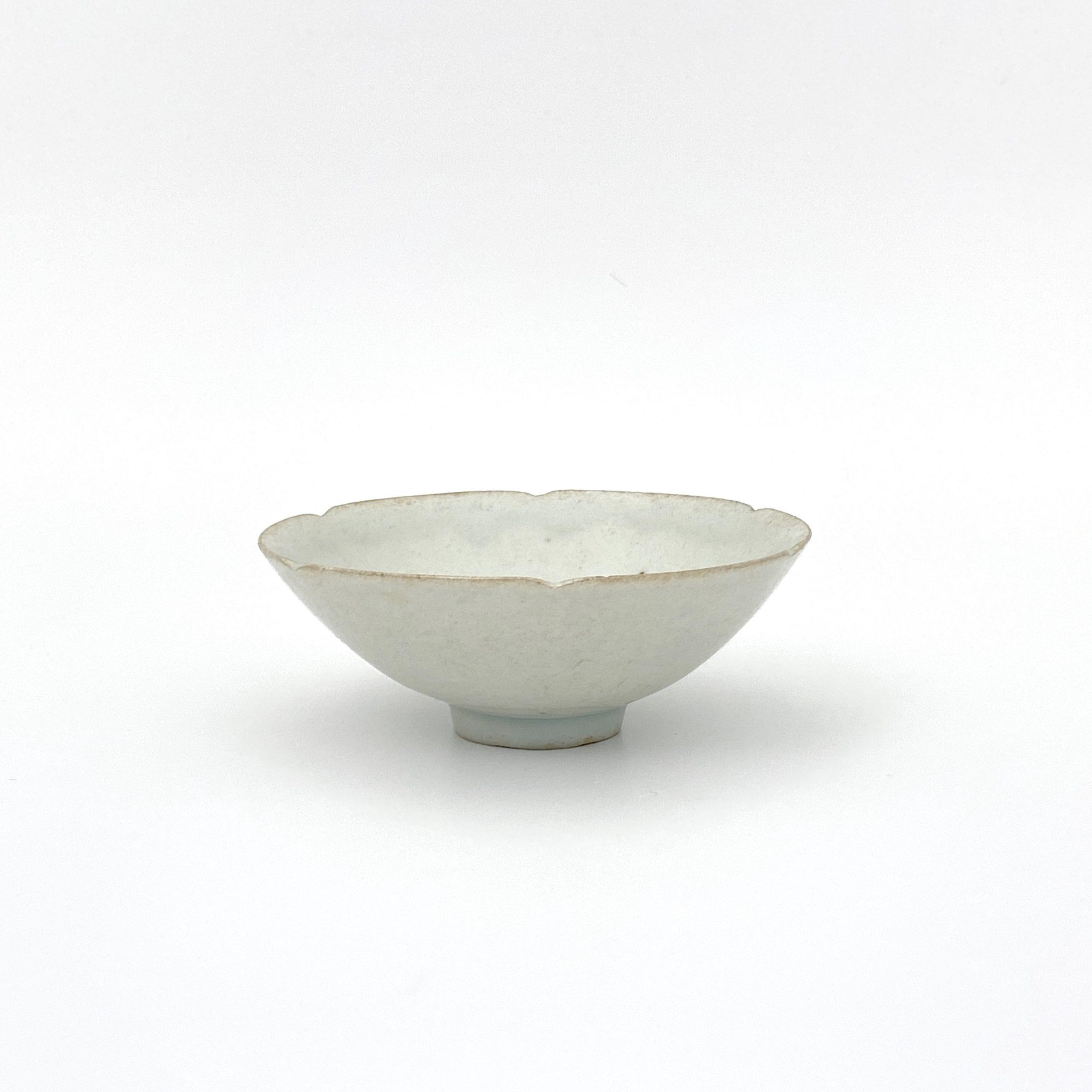 30026南宋 青白磁 輪花碗