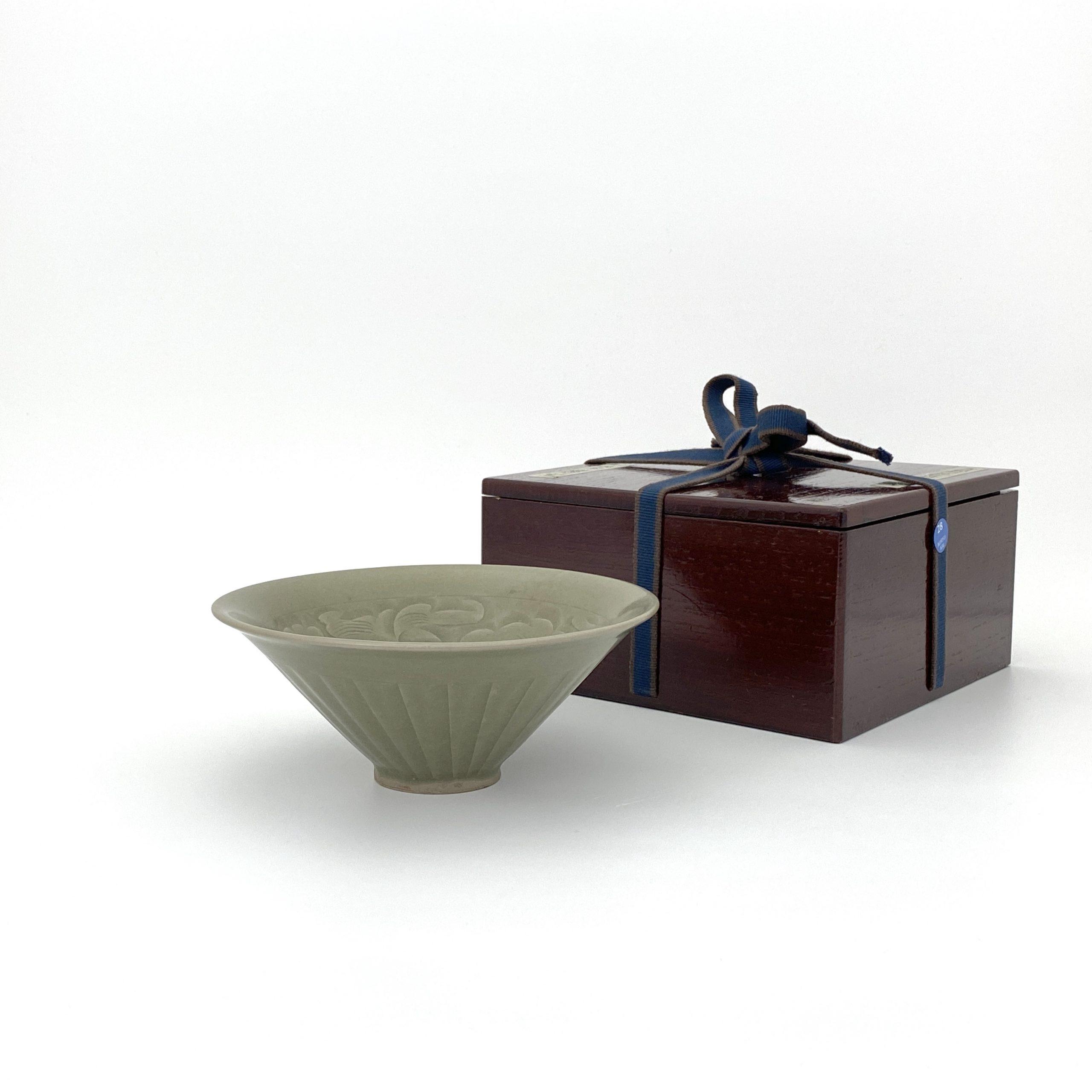 30028耀州窯 刻花紋 碗
