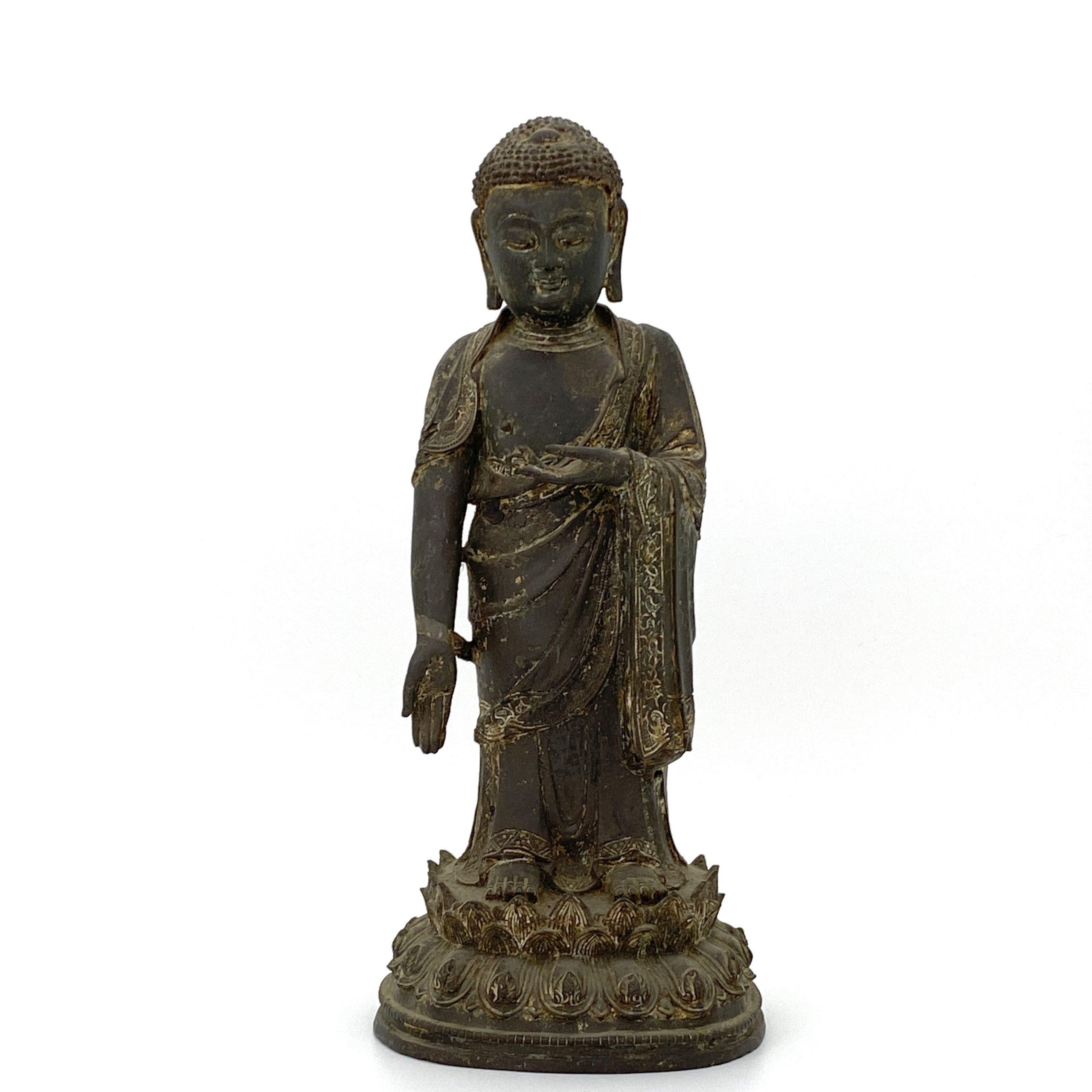 30008明 銅漆彩 釋迦牟尼立像