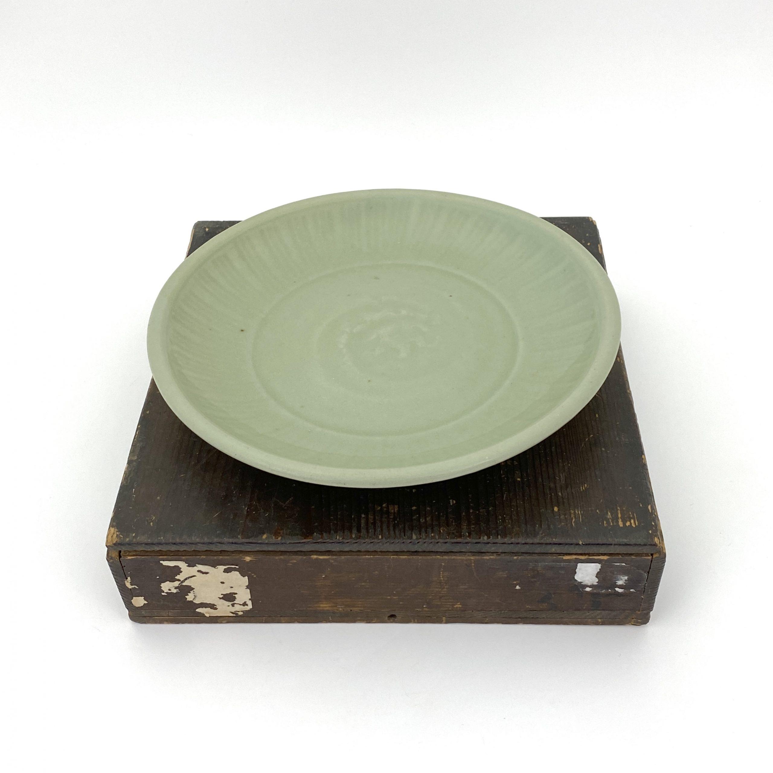 20043明 龍泉窯 盤