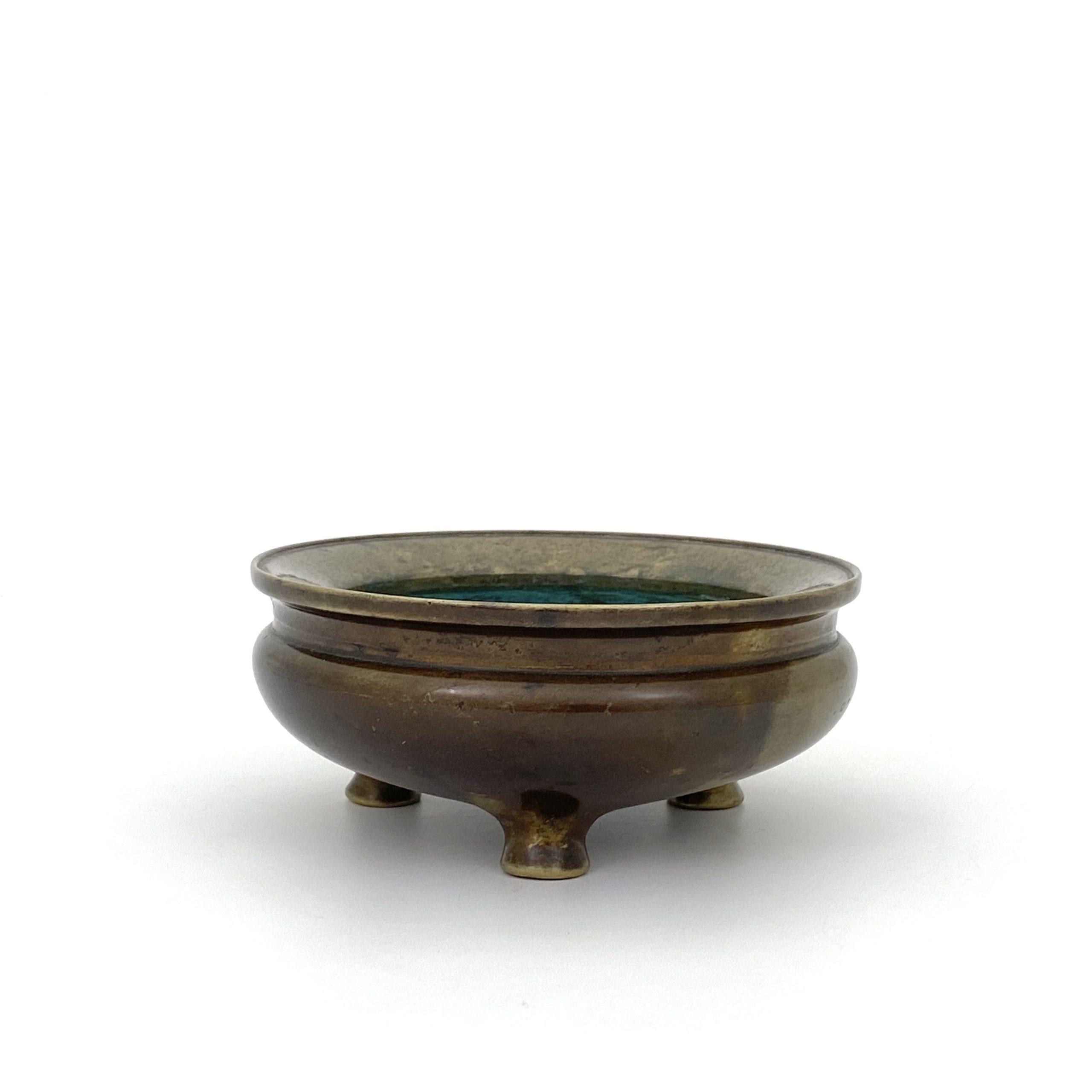 21016明末清初「宣徳年製」款 銅 鬲式 爐 第17回網頁掲載品