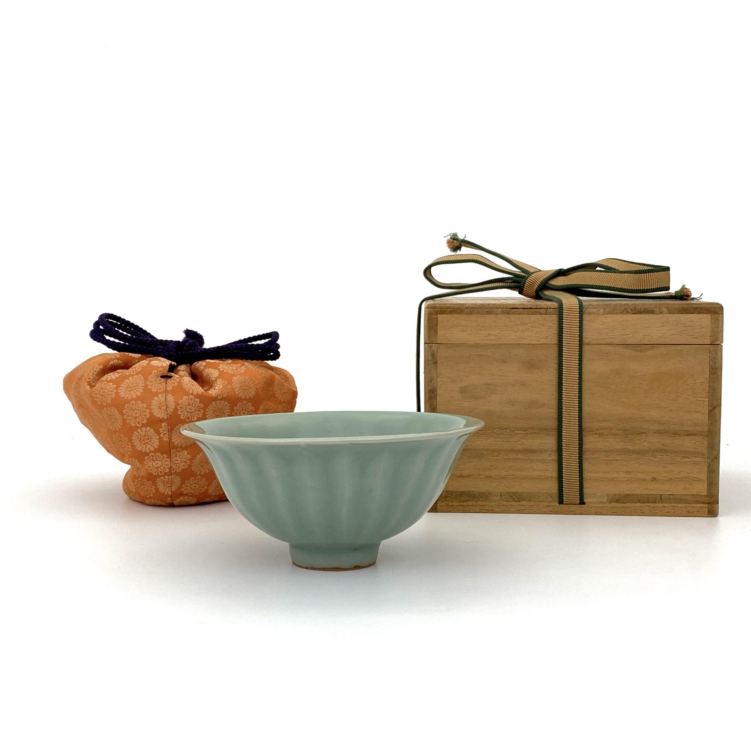 21025南宋 龍泉窯 蓮瓣碗